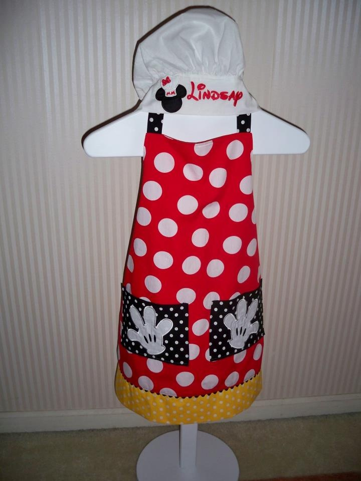 If I get the apron does that mean i have to cook??? Chef Mickey Apron and hat set! MouseTalesTravel.com