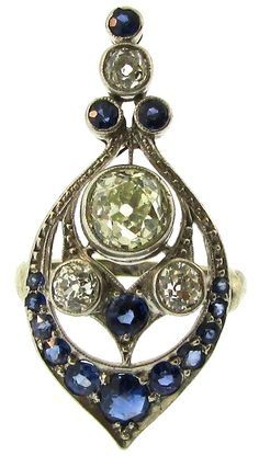 Belle Epoque Sapphire and Diamond Ring Sapphires and Old Mine Cut Diamonds set in Platinum European Circa 1910