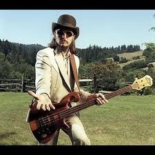 Les Claypool never ceases to wow on stage. A musical genius on the bass.