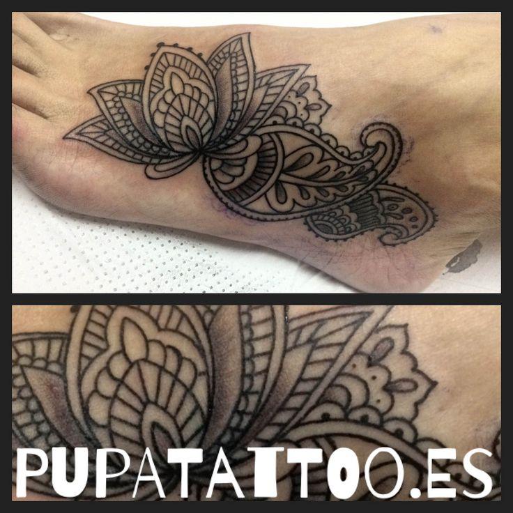 https://flic.kr/p/Tz4EGy | Tatuaje Mandala estilo henna Pupa Tattoo Granada | instagram : instagram.com/pupa_tattoo/  Web: www.pupatattoo.es/  Citas: 958221280  #tattoo #tattoos #tatuaje #tatuajes #tattoogranada #ink #inked #inkaddict #timetattoo #tattooart #tattooartists