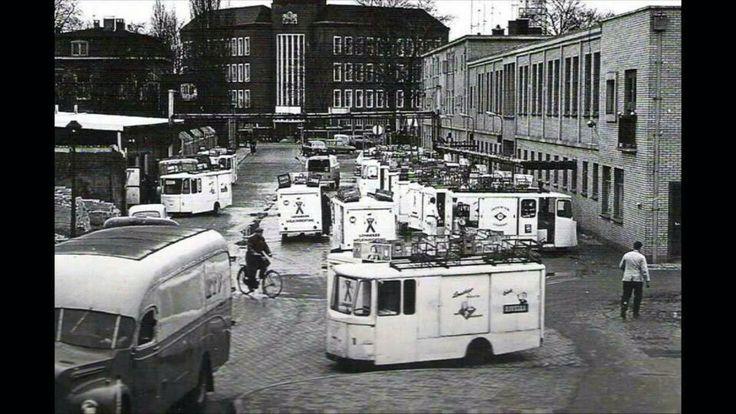 Nederland, Enschede, Raifeisenstraat, melkfabriek rechts en midden achterin het Belastingkantoor.