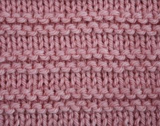 horizontal garter stitch knitting. Many more stitch patterns available on this site for free!