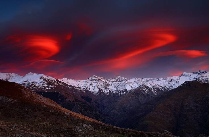 The Cordillera Of Three Miles - Sierra Nevada National Park in Granada and Almería provinces in south-eastern Spain [949x621] - Imgur