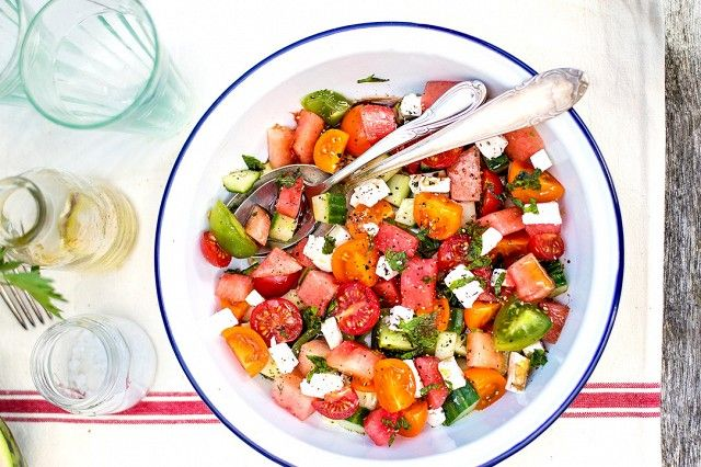 20+Delicious+Spring+and+Summer+Salads+You+Need+to+Try+via+@domainehome