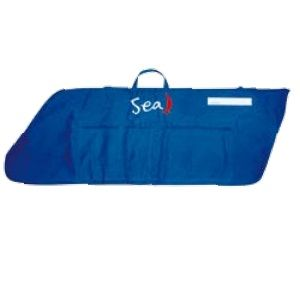 Snug fit for centreboard and rudder Well padded Mesh pocket for ropes and battens Side pocket for tiller and tiller extension  http://goo.gl/KYWgkH