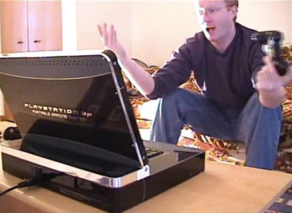 Video: the PS3 Laptop in action
