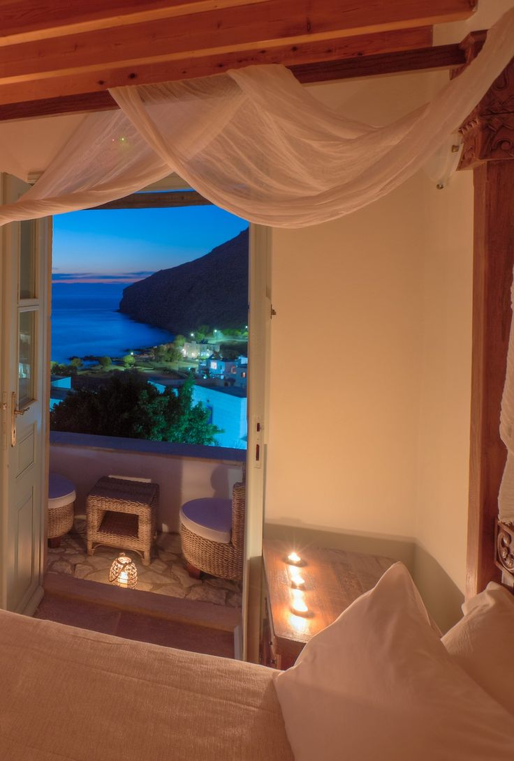 Almost impossible to watch a sunset and not dream.. #AcquaBlu #BoutiqueHotel