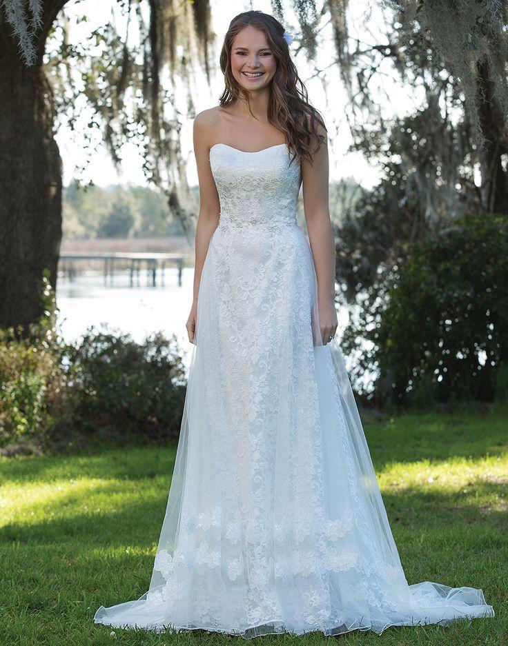 17 best In White images on Pinterest | Wedding frocks, Short wedding ...