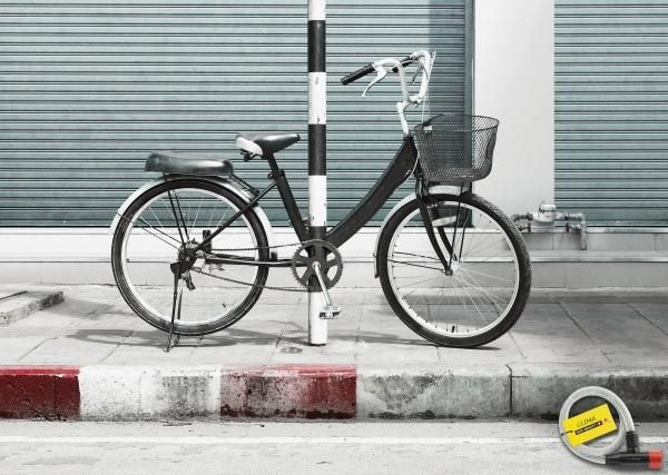 """Clima Bicycle Lock: """"POLECYCLE"""" Print Ad  by Leo Burnett"""