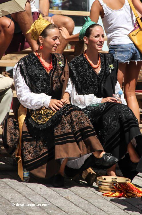 San Roque Llanes. Fiestas tradicionales de Llanes. [Más info] www.desdeasturias.com/las-fiestas-tradicionales-de-llanes/