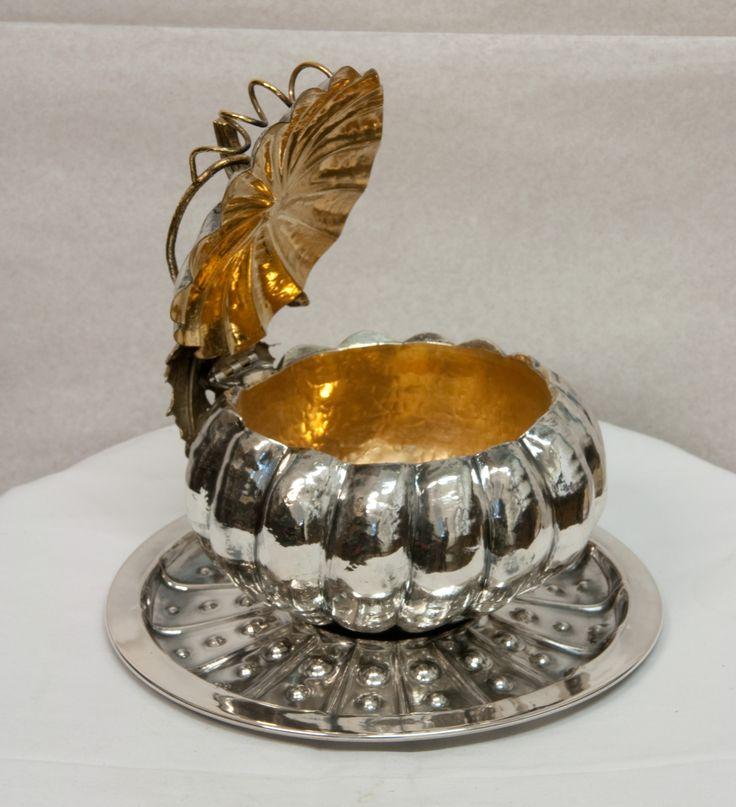 Pumpkin: Sugar bowl: silver embossed, chiseled, gilded,  silver 925/000 gr. 689 (24,3oz) Height cm 12 (4.73inch) https://www.etsy.com/shop/FrancoBlumer?ref=l2-shopheader-name