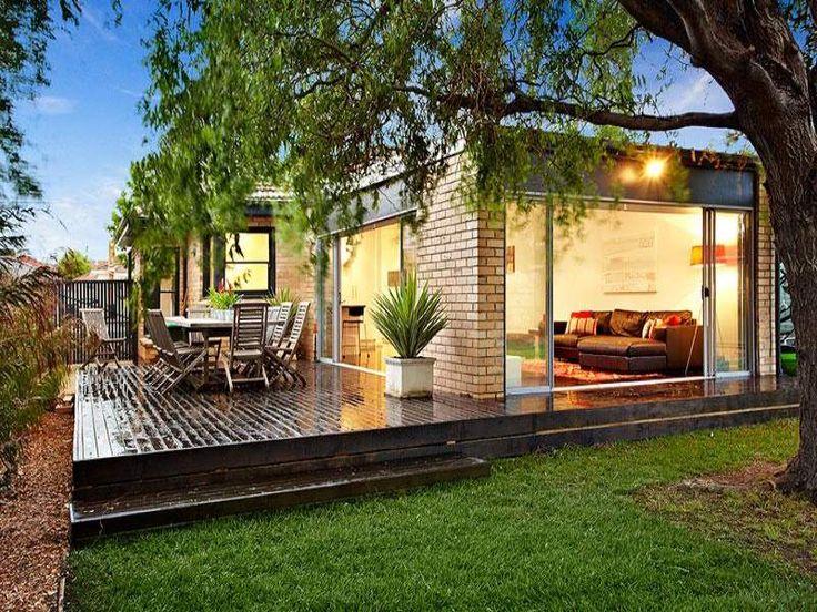 Indoor outdoor outdoor living design with deck for Indoor fence design