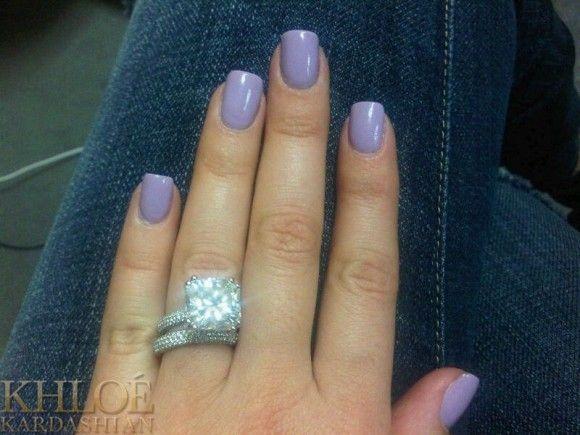 Khloe Kardashian Nails   Khloe Kardashian flaunts her varying nail polish shades…