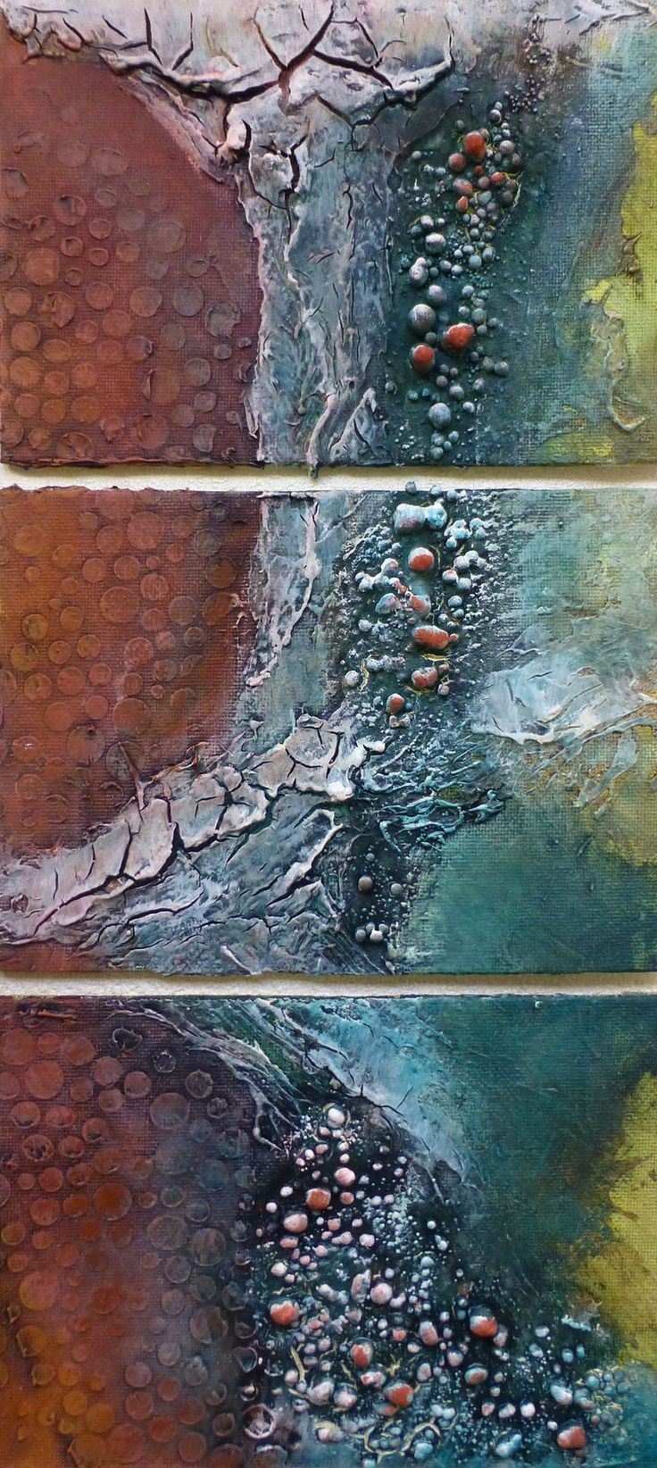 Another lovely triptych by Tracey Evans, using Powertex (of course!), 3D balls and 3D Easy Flex for the cracked effect.