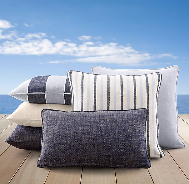Timeless Lakeside Colors And Stripes: Perennials Textured Linen Fabric  Indoor/outdoor In Navy,