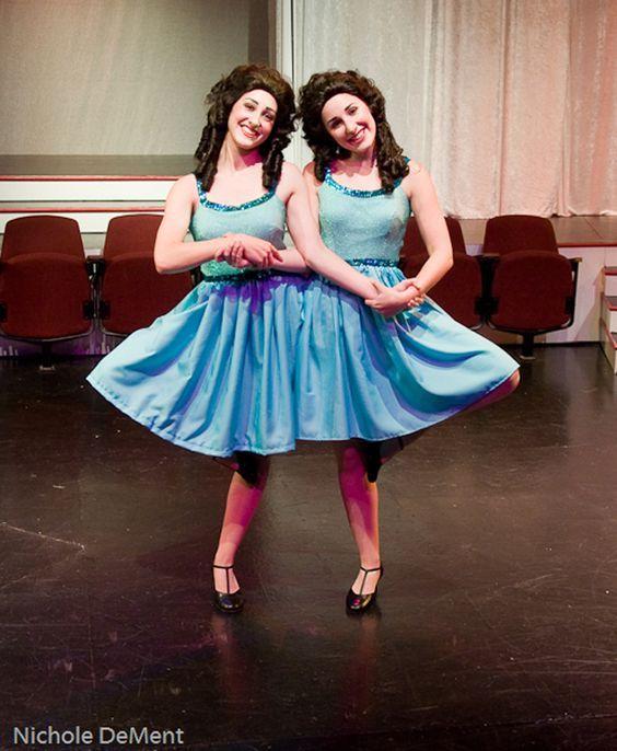 Siamesische Zwillinge Kostüm selber machen | Kostüm Idee zu Karneval, Halloween & Fasching
