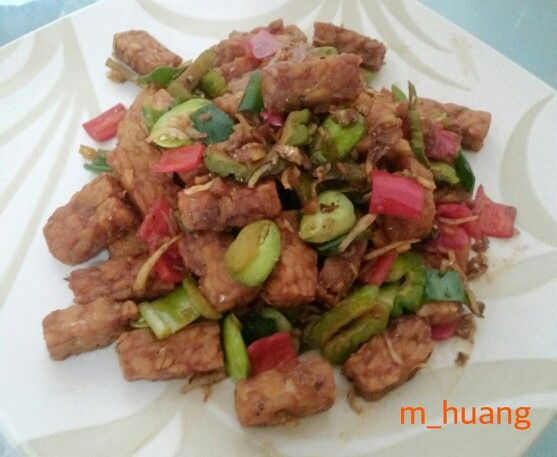 Stir fried tempeh with anchovy and petai/beans