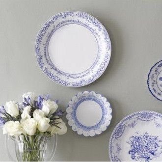 Party Porcelain Blue Large Paper Plates
