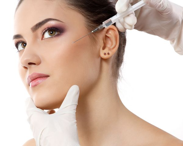 Dermal Fillers Dr is the best option for facial treatment in CA. We are providing cost effective Facial Filler treatment to make your skin younger. For more details, look into our website.