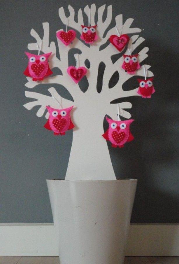 De MMKADO levensboom staat ook prachtig in een mooie bloempot! Verkrijgbaar in 2 hoogtes. Leuk om je zelfgemaakte versiersels erin te hangen. Deze kun je aanpassen per seizoen. Ook leuk; kleine vaasjes erin met verse bloemen. Diverse vrolijke viltfiguren ook verkrijgbaar in onze webshop. Origineel op de kinderkamer of als kraamcadeau!