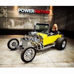 courtney-hansen-host-powernation-power-nation-tv-show-automotive-cars-car-auto-Photo Nov 28, 9 39 35 PM.jpg