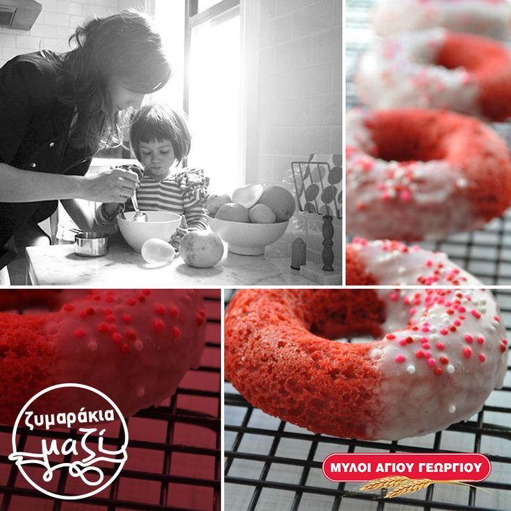 Συνεχίζουμε να επεκτείνουμε το ουράνιο τόξο της κουζίνας μας με χρώματα ζαχαροπλαστικής, αυτή τη φορά με ένα σπιτικό μυστικό!   Δώστε μια ροδοκόκκινη πινελιά στα γλυκά σας με στραγγισμένο χυμό από παντζάρια. Είναι ο τέλειος σύμμαχος γιατί προσθέτει χρώμα χωρίς να αλλάζει τη γεύση! #myloiagiougeorgiou #dessert #sweet
