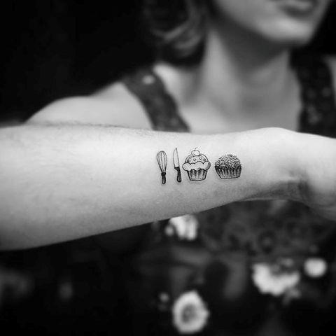 18 Cupcake Tattoo Ideas For Women