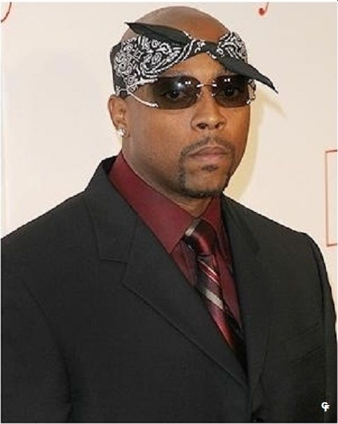 """Nathaniel Dwayne Hale (born August 19, 1969 in Clarksdale Mississippi (Origin') died March 15, 2011 in Long Beach, California), better known by his stage name Nate Dogg, was a Grammy-nominated American singer and occasional rapper. He was known especially for his one of a kind hooks and vocals, and like they say: """"it ain't a hit until Nate Dogg spit"""". After serving in the US Marine Corps for three years he returned to California and formed the rap group 213 with his cousin Snoop Dogg and…"""