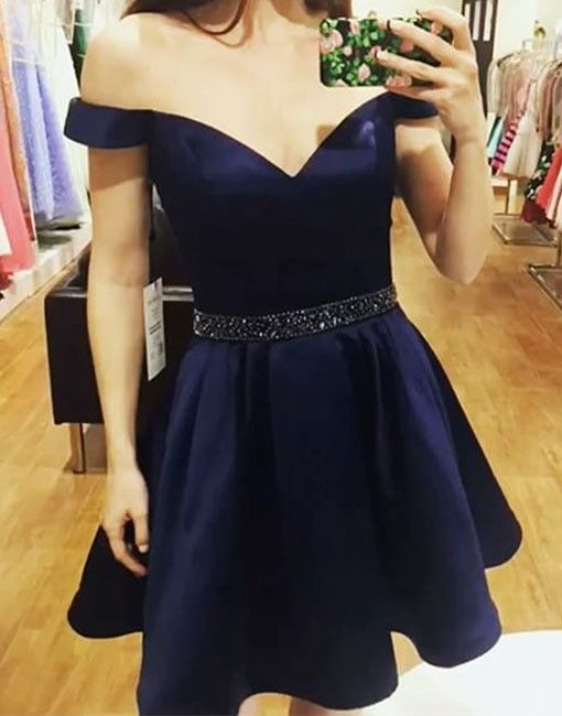 royal blue homecoming dresses, A-line homecoming dresses, beaded homecoming dresses, off shoulder homecoming dresses, formal dresses, party dresses, short prom dresses, graduation dresses#SIMIBridal #homecomingdresses
