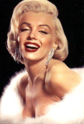 Make Passo a Passo: Marilyn Monroe: Um pouco da história da diva no dia do seu aniversário!