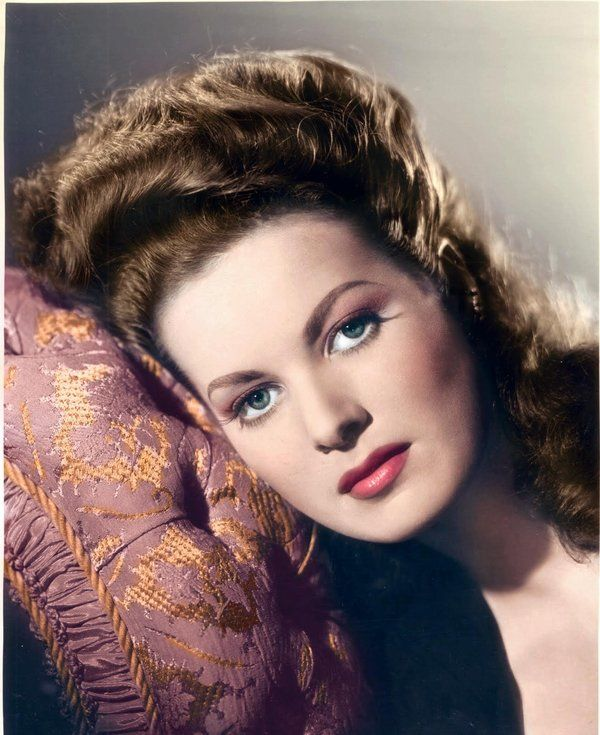 """""""How could you have had such a wonderful life as me if there wasn't a God directing?"""" Maureen O'Hara"""