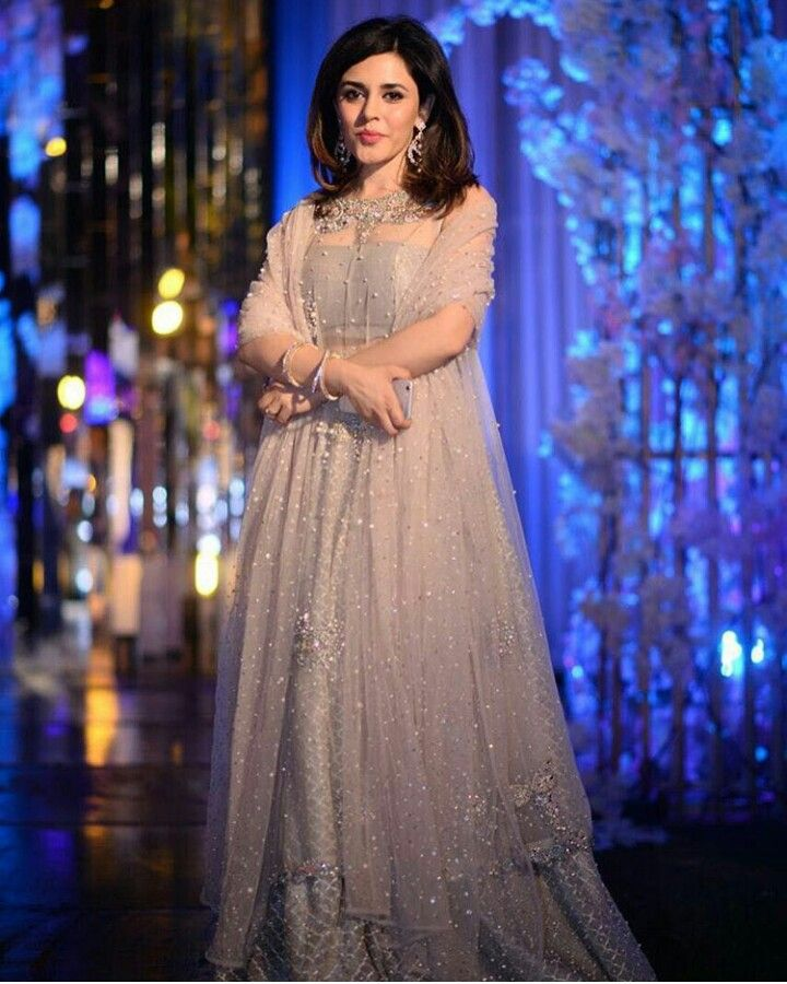 Pakistani ensemble by Zara Shahjahan.