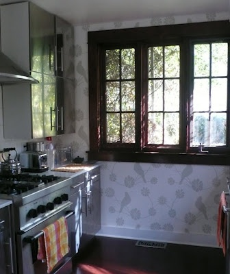 Starched Fabric Walls... alternative to paint or wallpaper - and it doesn't damage walls!