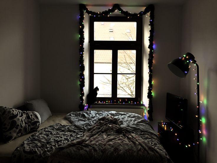 Old school bedroom christmas decor