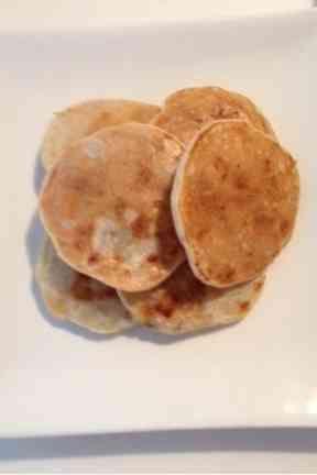 ☆離乳食☆米粉のバナナパンケーキ。 小麦、乳、卵 不使用。ミルクアレルギー対応粉ミルクで。