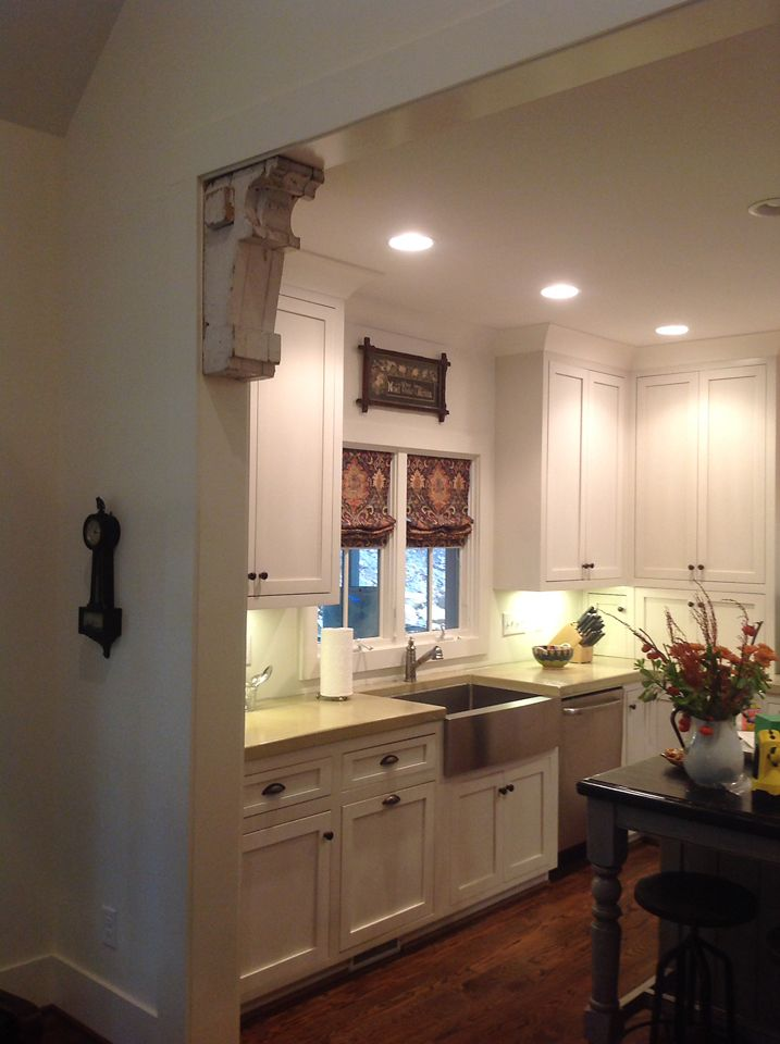 Salvaged wood corbels used as a wall accent in the home of Susan Barrow - www.sa1969.com