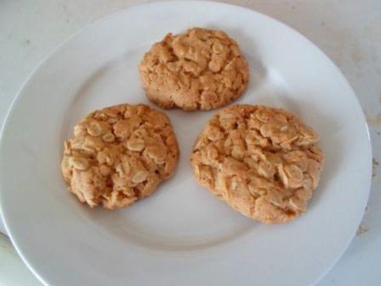Honey Oat Biscuits Recipe - Genius Kitchensparklesparkle