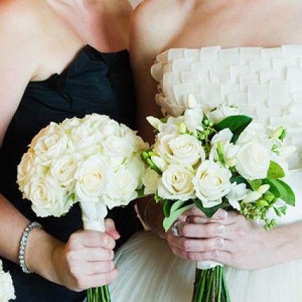 Sarah Budhi In South Brisbane Qld Bouquets White Weddingsbrisbanewedding Planninglimewedding
