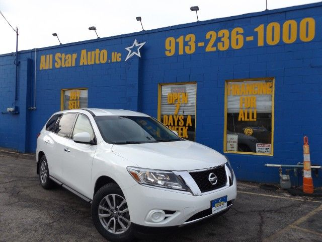 Used 2014 Nissan Pathfinder S 4WD for Sale in Merriam  KS 66203 All Star Auto LLC