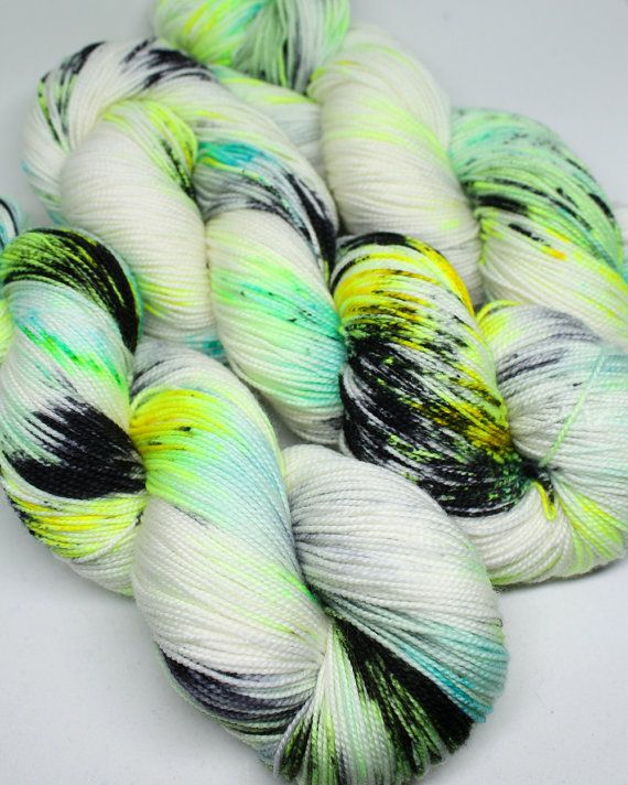 Hand Dyed Sock Yarn - SW Sock 80/20 - Superwash Merino Nylon - 400 yards - Glow Bugs | SpunRightRound via Etsy