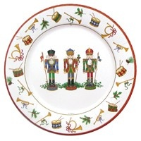 Complete your holiday table setting with Christmas paper plates.  sc 1 st  Pinterest & 19 best The Nutcracker Tale party images on Pinterest | Nutcrackers ...