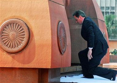 Cameron regrets Jallianwala Bagh massacre