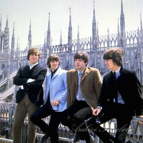 Le foto dei Beatles a Milano nel 1965 - Il Post