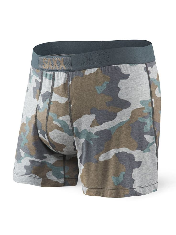 Chill out with breathable viscose fabric in an airy, loose-fit boxer. But don't be fooled by Free Agent's laid-back vibe – beneath its relaxed exterior are all the SAXX innovations designed to deliver first-class comfort.