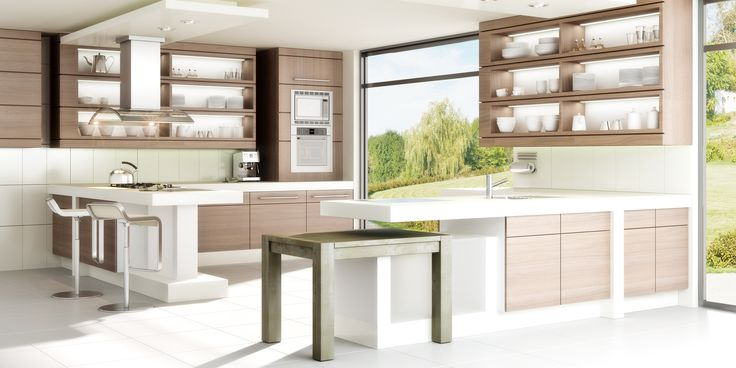 Helle Traumküche in moderner Holzoptik