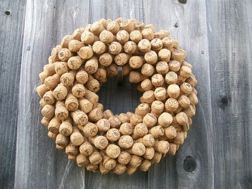 CHAMPAGNE CORK WREATH DECORATION | eBay no longer available so I guess I gotta make it!!