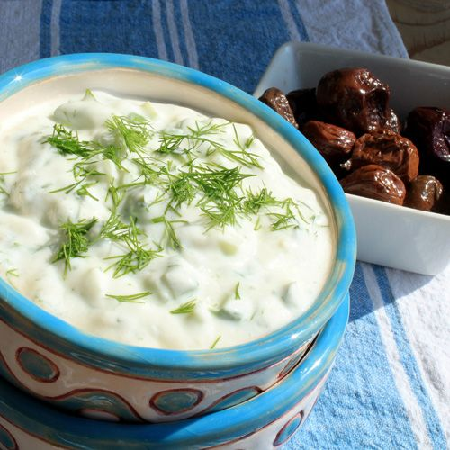 Snezhanka salad - Snow White Salad This is a great and easy Bulgarian salad that…