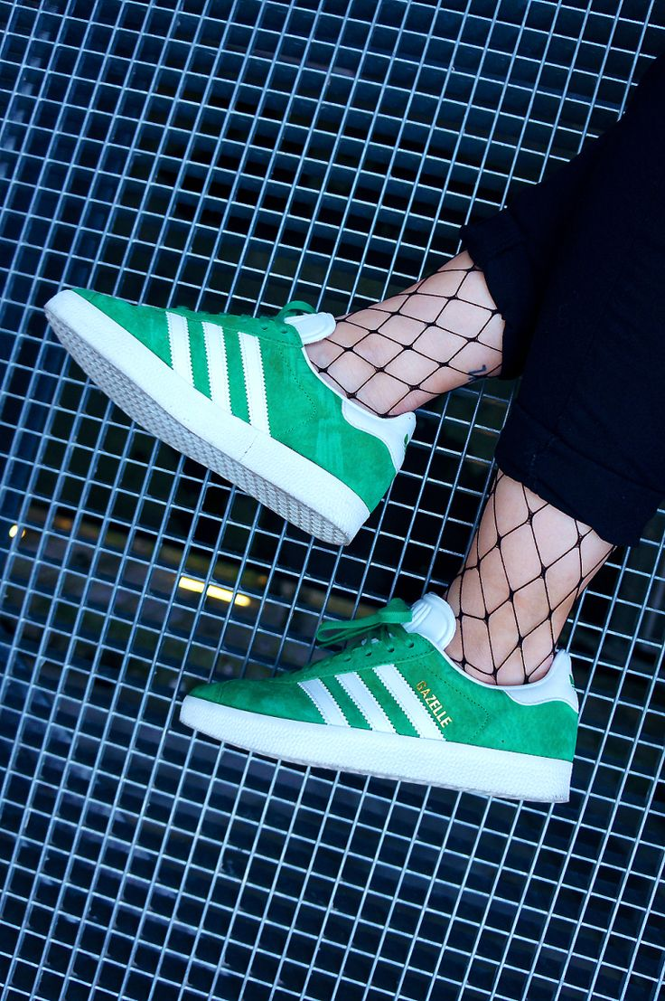 Sneakers women - Adidas Gazelle green (©leentokyo)