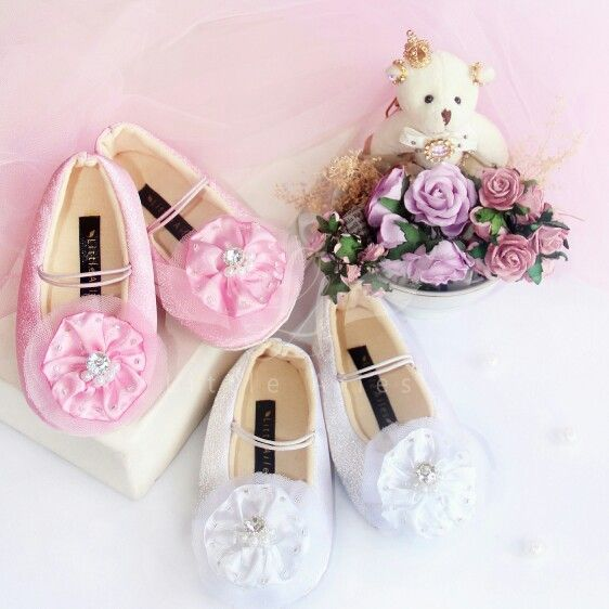 La Rothschild Daisy (white and pink)