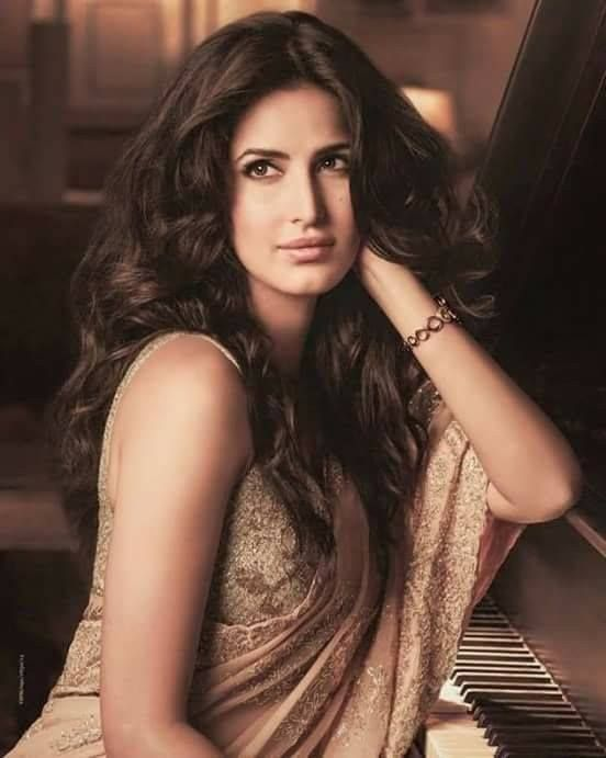 """Katrina Kaif joins Facebook on birthday MUMBAI : Actress Katrina Kaif made her Facebook debut on the occasion of her birthday. Katrina who has steered clear of all social networking site in the past turns 33 today. She shared a video shot in her sea-facing apartment. """"Let's do this"""" the """"Bang Bang"""" actress said. Dressed in white tank top and denim shorts she also asked her fans to be """"nice"""" and wish her on her birthday. Katrina uploaded a black-and-white picture of herself as the profile…"""
